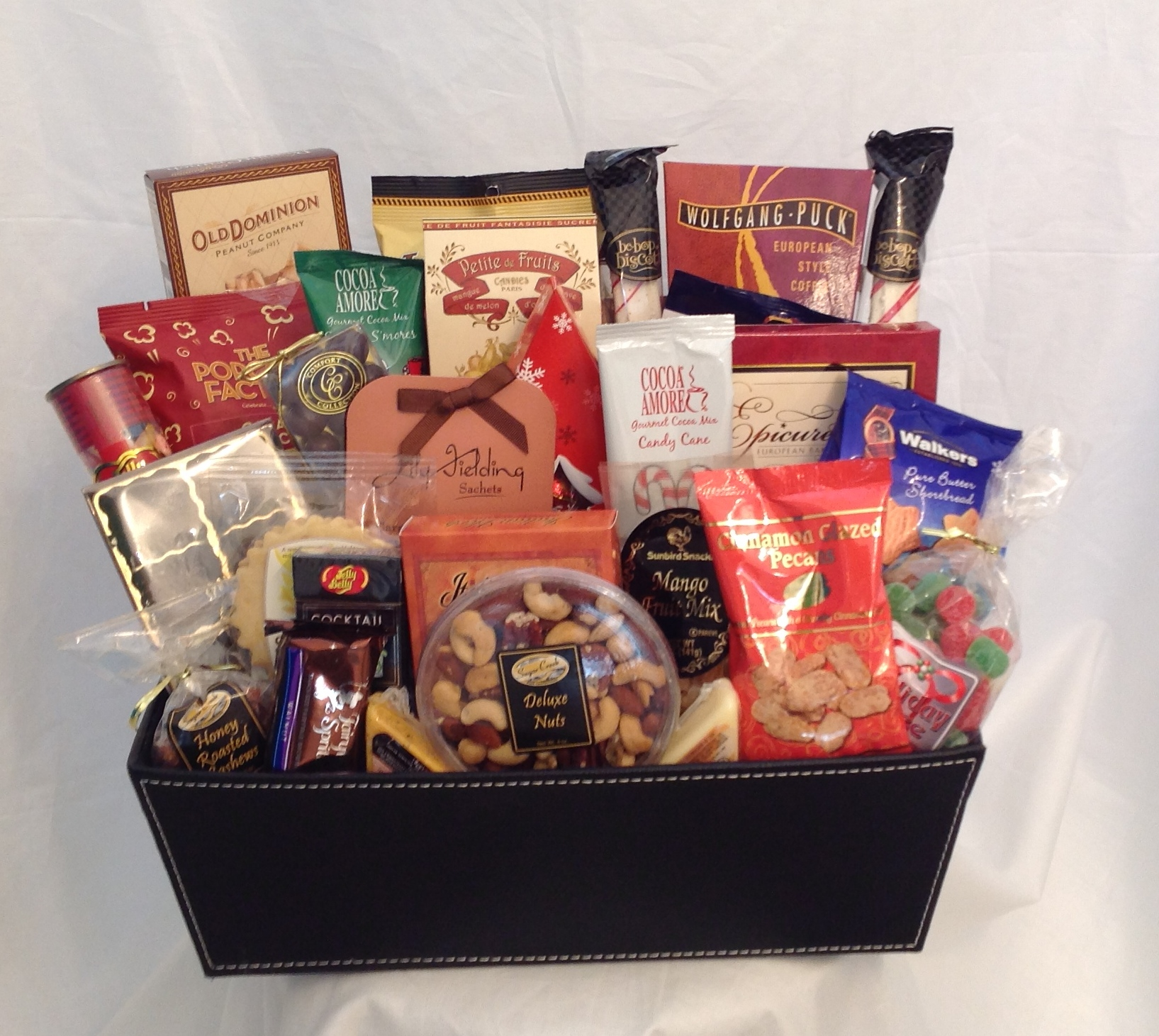 The Holiday Gourmet, A Customized Gift Basket - Sunshine ...