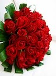 Valentines%20Day%20RedRoseBouquetwith%20Ti%20Leaves.jpg
